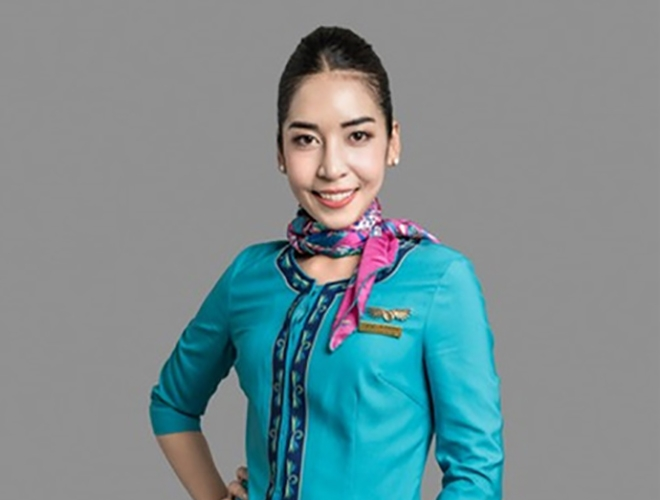 Lanmei Airlines's Stewardess Won the World's Top 10 Stewardess Award in 2017